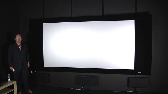 ISE 2012: Stewart Filmscreen CineCurve with Silver 5D